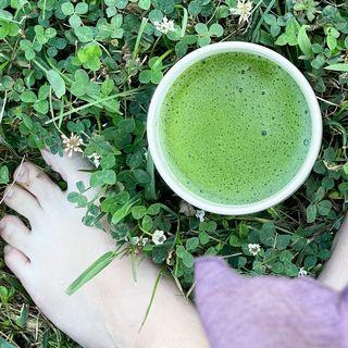 Jenn Robinson (The Bare Foot Tea Lady Blog)
